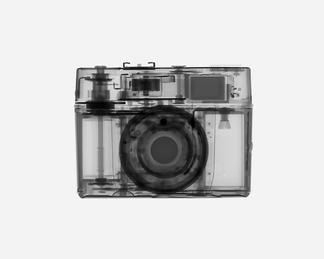 Fascinating X-Rays Reveal the Guts of Cameras, From Polaroids to iPhones